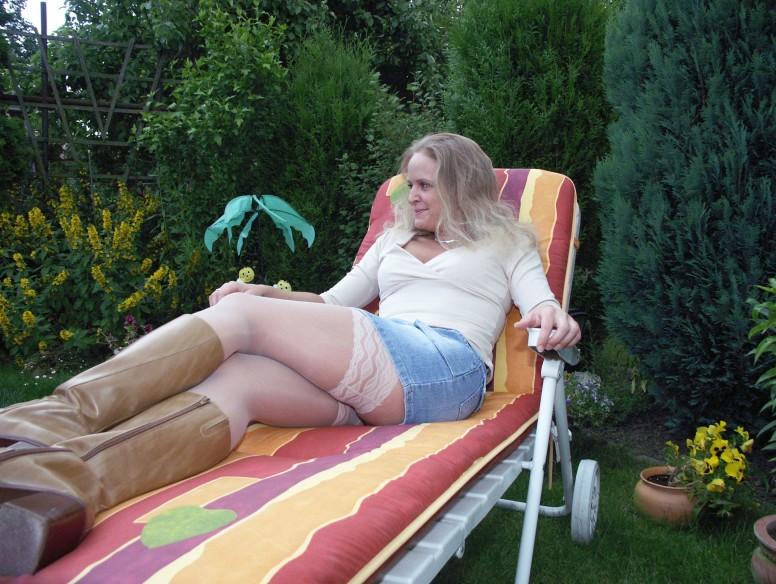 Junge Blondine will aufregende Leidenschaft erleben